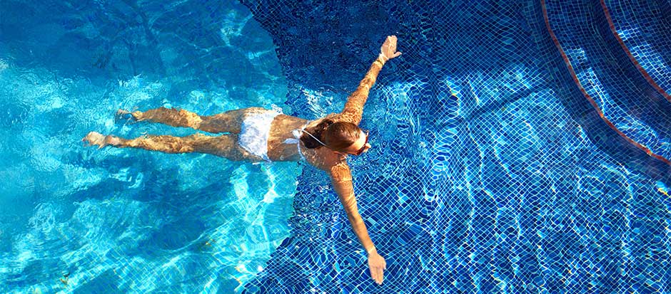 Swimming pool filtration systems for crystal clear water quality